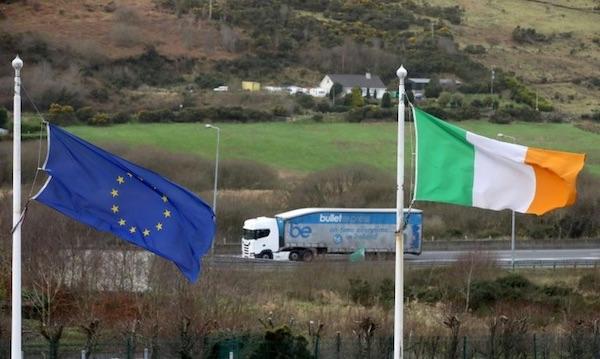 brexitflags.jpg