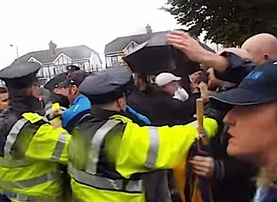 Gardai attempt to break up water protests - Irish ...