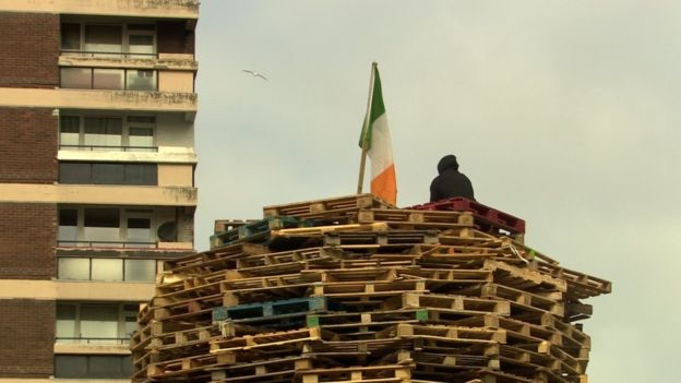 newlodgebonfire.jpg